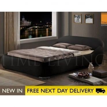 Manhattan 4ft6 Black Faux Leather Bed MAN46BLK