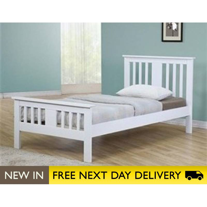 White Wood King Size Bed 800 x 800