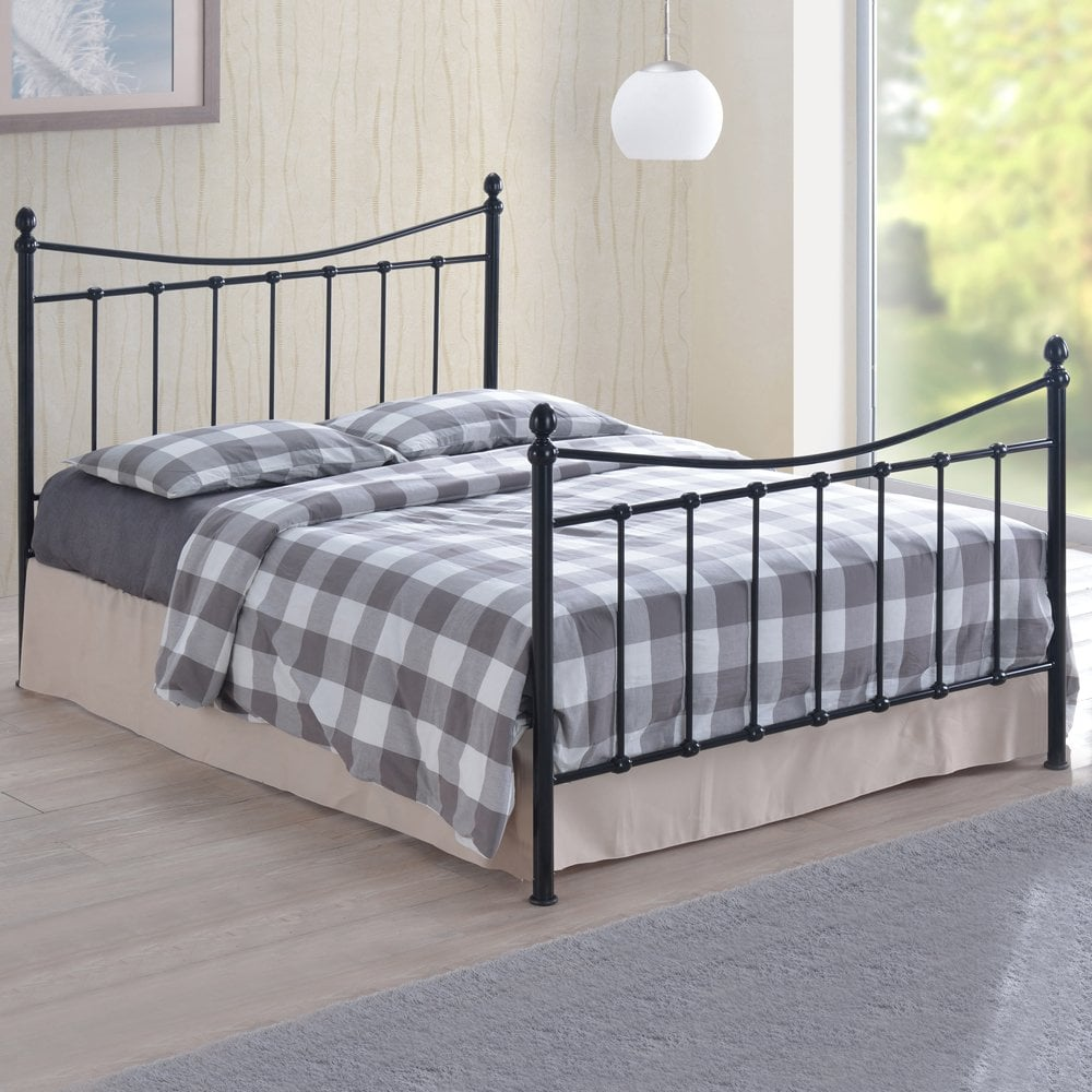 Black Metal Bed Pics