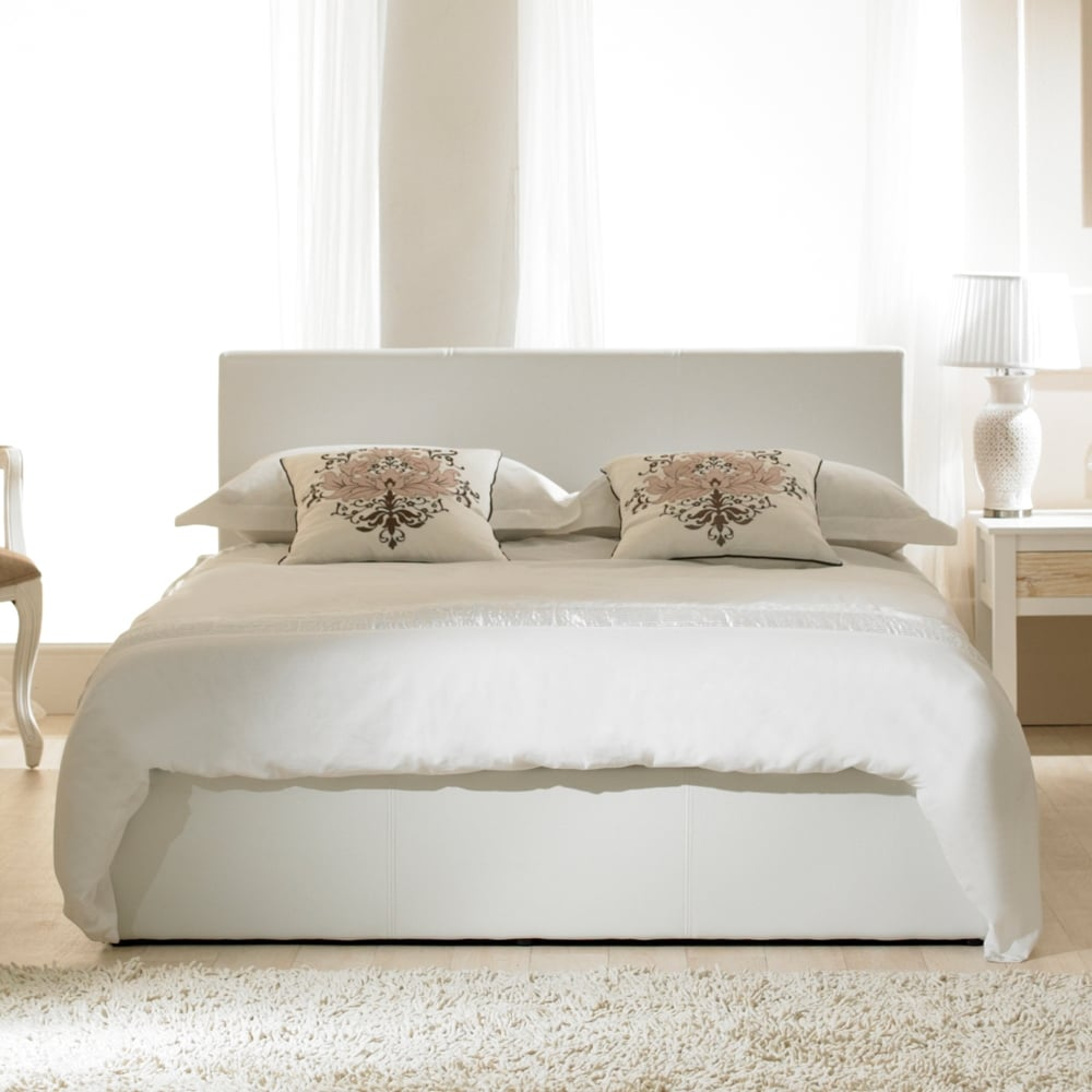 official photos 0ecb1 b4636 Madrid Ottoman 5ft King Size White Faux Leather Bed