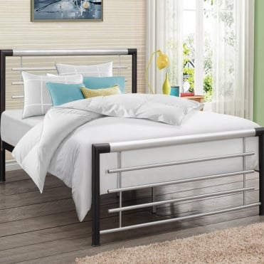 Faro Black 4ft6 Double Metal Bed